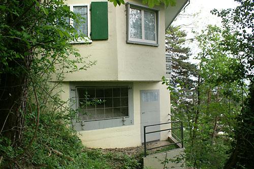 als Haus getarnter Bunker 1